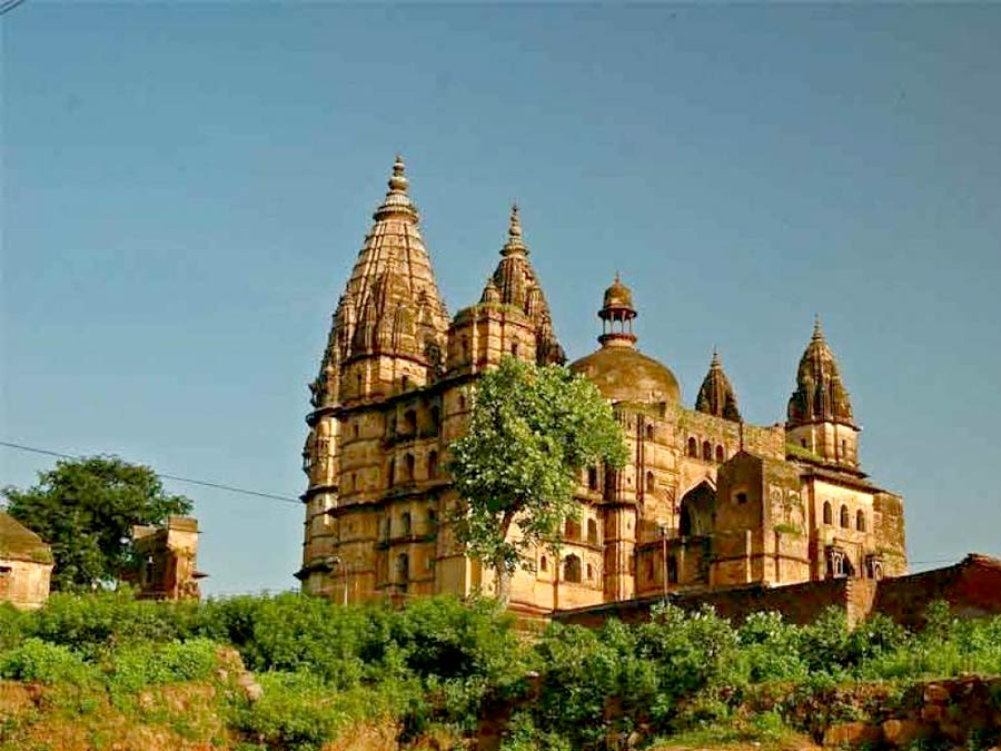 itinerary_orchha_chatarbhujtemple Great India Wildlife Tour