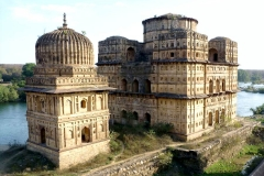 itinerary_orchha_chhatris Great India Wildlife Tour