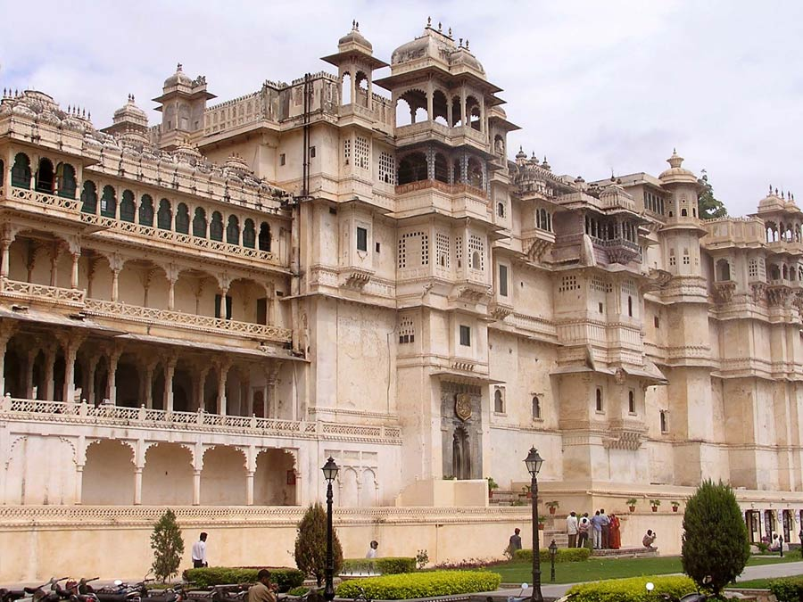 itinerary_udaipur_cityplace Rural Rajasthan Tour Package
