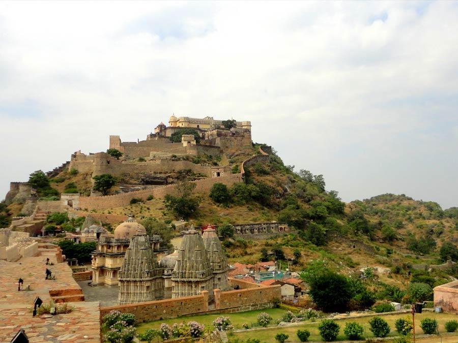 itinerary_kumbhal_ranakpur_fort Kumbhalgarh Ranakpur Day Tour
