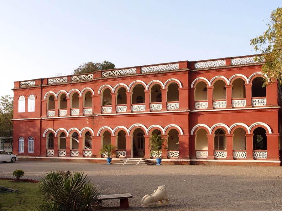 itinerary_gondal_riverside_palace 13 Nights – 14 Days Splendid Tour of Gujarat