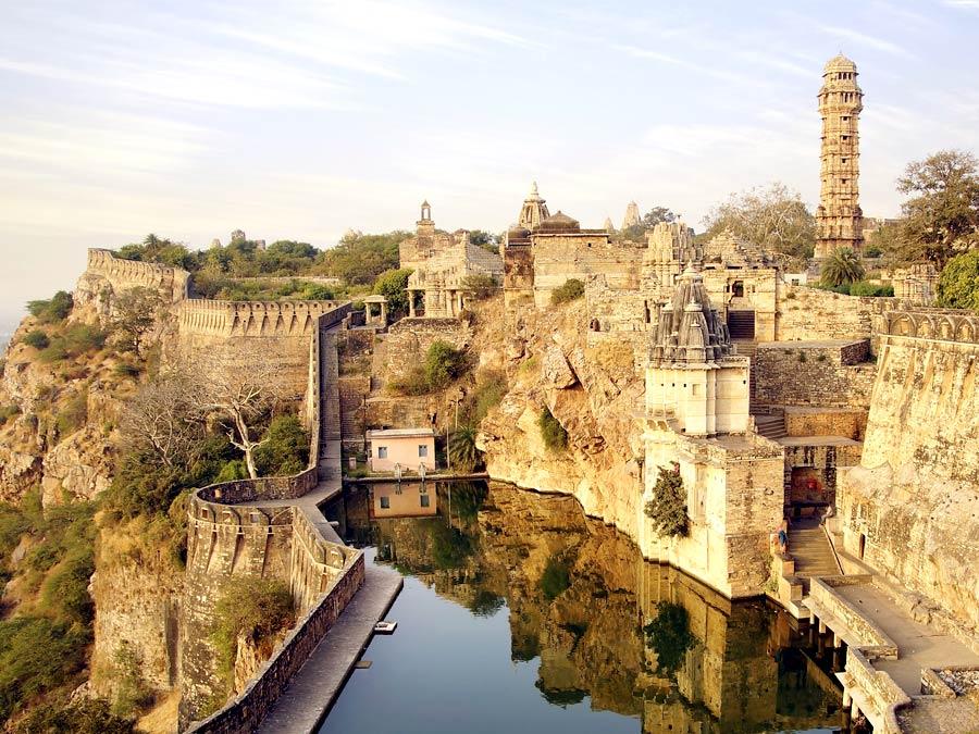 chittorgarh_itinerary_fort Udaipur Chittorgarh Day Tour
