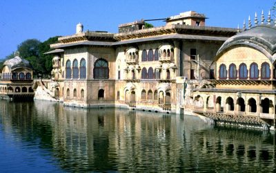 Rajasthan Tour with Agra and Varanasi India